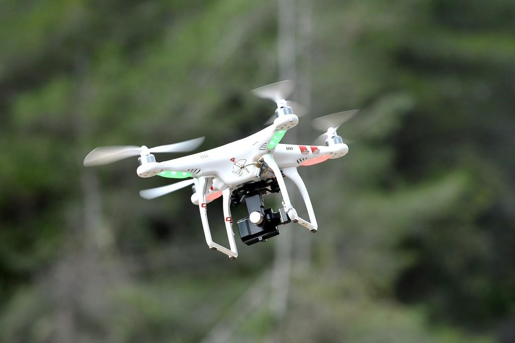 MENXXQ500_MA_DRONE INTEMPERIE